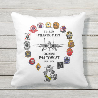 NAS Oceana - F-14 Tomcat - VF-31 Tomcatters Throw Pillow