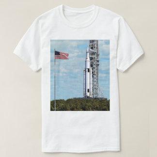 NASA SLS Space Launch System Rocket Launchpad T-Shirt