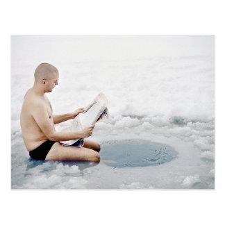 Natation de glace d'hiver cartes postales