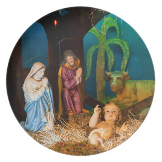 Nativity scene party plates