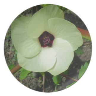 Natural Green Flower Dinner Plate