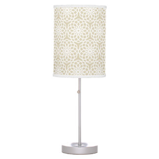 Natural Lattice Flower Geometric Pattern Table Lamp
