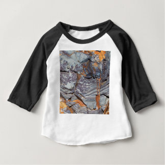 Natural layers of agate in a sandstone baby T-Shirt