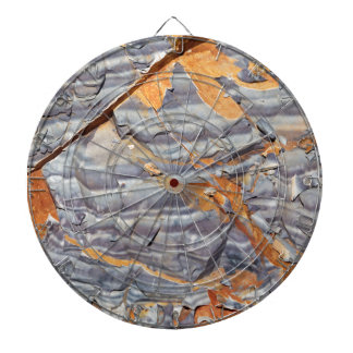 Natural layers of agate in a sandstone dartboard