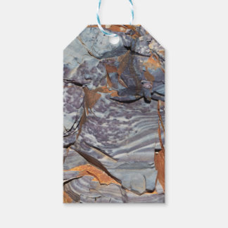 Natural layers of agate in a sandstone gift tags