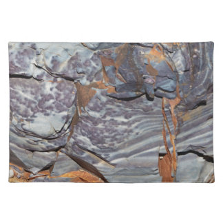 Natural layers of agate in a sandstone placemat