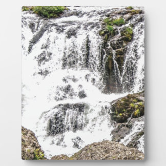 Natural water flows plaque