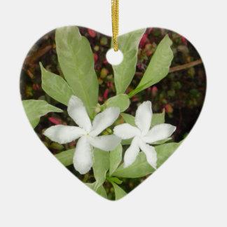 Natural White Beautiful Flower Ceramic Heart Ornament