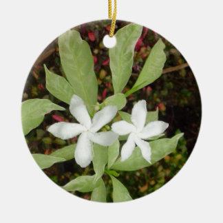 Natural White Beautiful Flower Round Ceramic Ornament