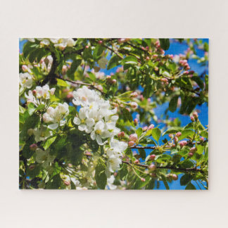 Natural White Flowers Jigsaw Puzzle