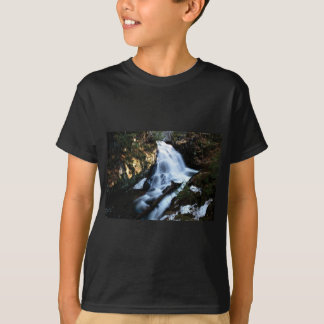 nature flows of water T-Shirt