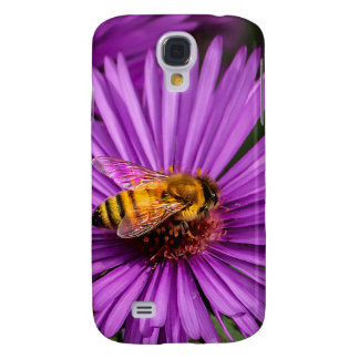 Nature Photo of a Bumble Bee on a Flower Galaxy S4 Cover