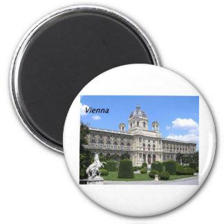 Naturhistorisches--Museum--Vienna---[kan.k].JPG Magnet