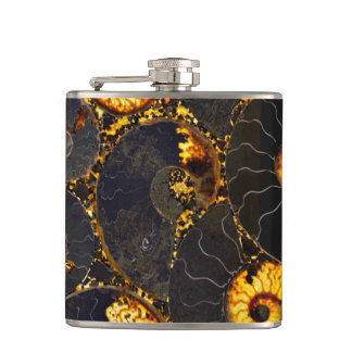Nautilus shell design flask