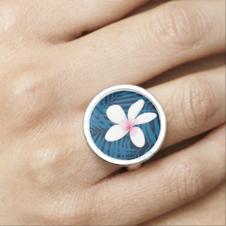Navy palm leaves with frangipani ring