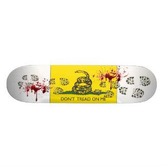 Ne marchez pas sur moi skateboards personnalisables