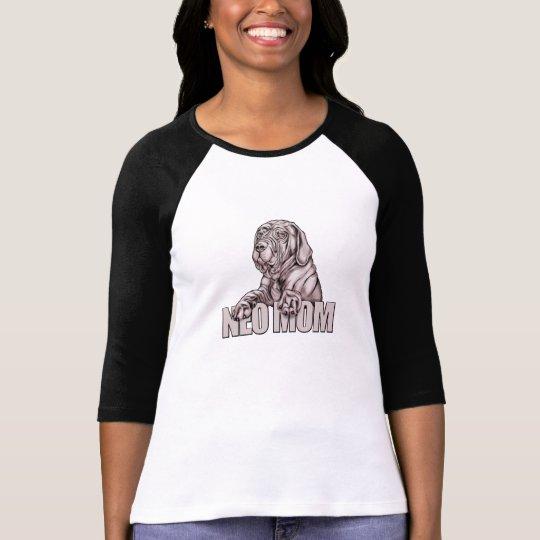 Neapolitan Mastiff Mom Black UC T-Shirt