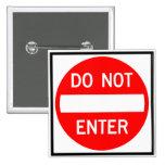 N'écrivez pas le signe de route badge avec épingle