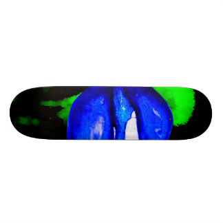 neon blue lips  & green spray paint for skateboar skate boards