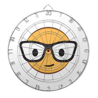 nerd smile face AdobeStock_122200113.ai Dartboard With Darts