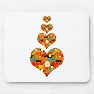 NESTING HEARTS MOUSE PAD