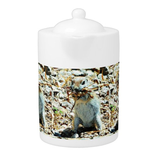 Nesting Mama Tea Pot
