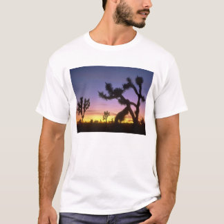 NEVADA. USA. Joshua trees Yucca brevifolia) T-Shirt
