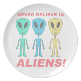 Never Believe in Aliens! Party Plates