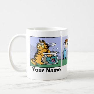 """Never Trust a Smiling Cat"" Garfield Comic Strip Mug"