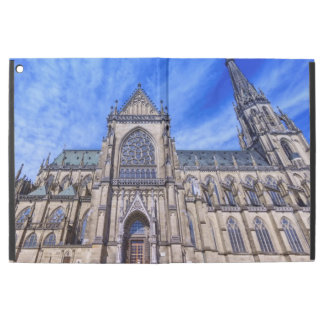 "New Cathedral, Linz, Austria iPad Pro 12.9"" Case"