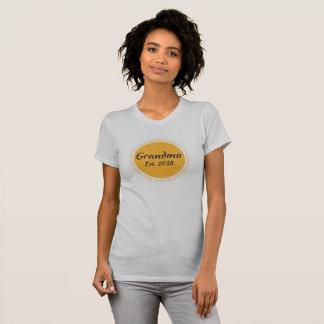 New Grandma Est. 2018 Message, Sun Graphic T-Shirt