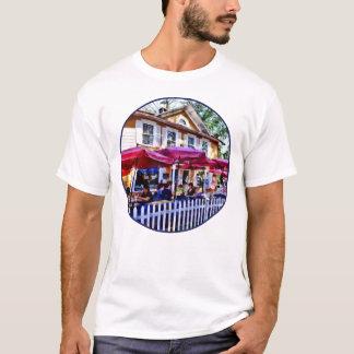 New Hope PA - Dining Al Fresco T-Shirt