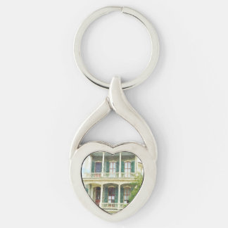 New Orleans Garden District Silver-Colored Twisted Heart Keychain