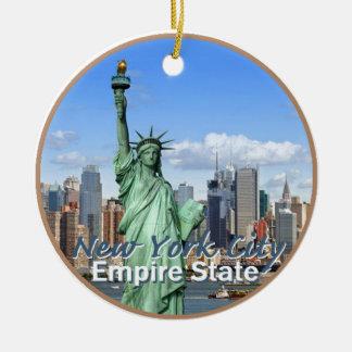 NEW YORK CITY ROUND CERAMIC ORNAMENT
