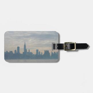 New york city skyline luggage tag