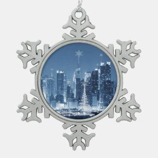 New-York City Winter SkyLine Pewter Snowflake Ornament