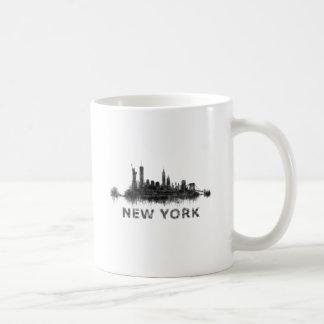 New York Dark-White Skyline v07 Coffee Mug