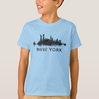New York Dark-White Skyline v07 T-Shirt
