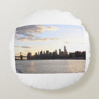 New York Sky line Round Pillow