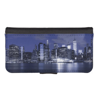 New York Skyline Bathed in Blue iPhone SE/5/5s Wallet Case