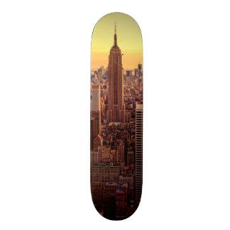 New York skyline city with Empire State Skateboard