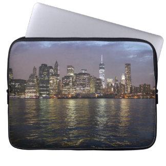 New York skyline in the evening Laptop Sleeve