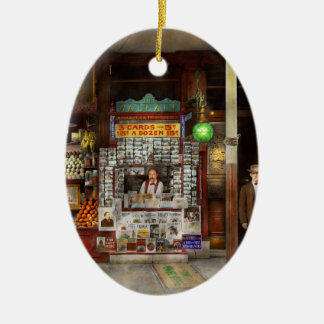 Newsstand - Standing room only 1908 Ceramic Oval Ornament