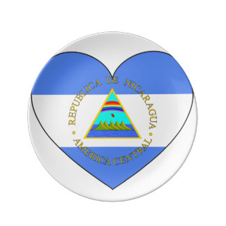 Nicaragua Flag Heart Plate