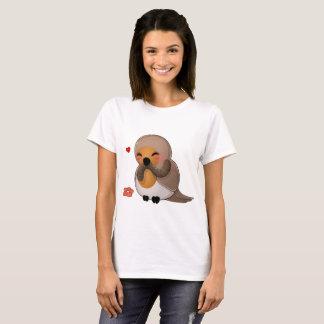 Nice bird with worm T-Shirt