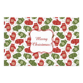 Nice fun red green Christmas Gloves and snowflakes Stationery