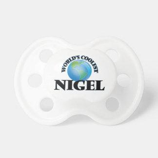 Nigel le plus frais du monde tétine