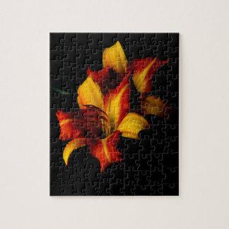 Night Lily... Jigsaw Puzzle