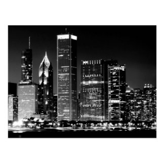 Night view of Chicago's famous cityscape Postcard