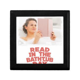 Ninth February - Read In The Bathtub Day Gift Box